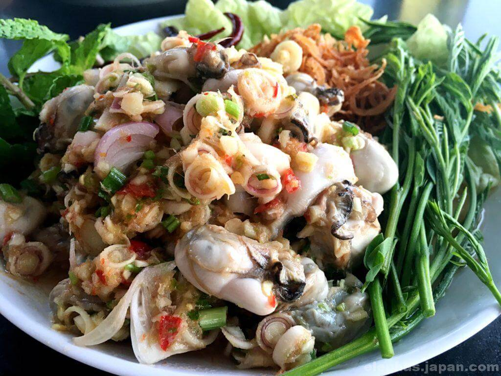タイのシーフードレストランムンアロイのホイナンロム
