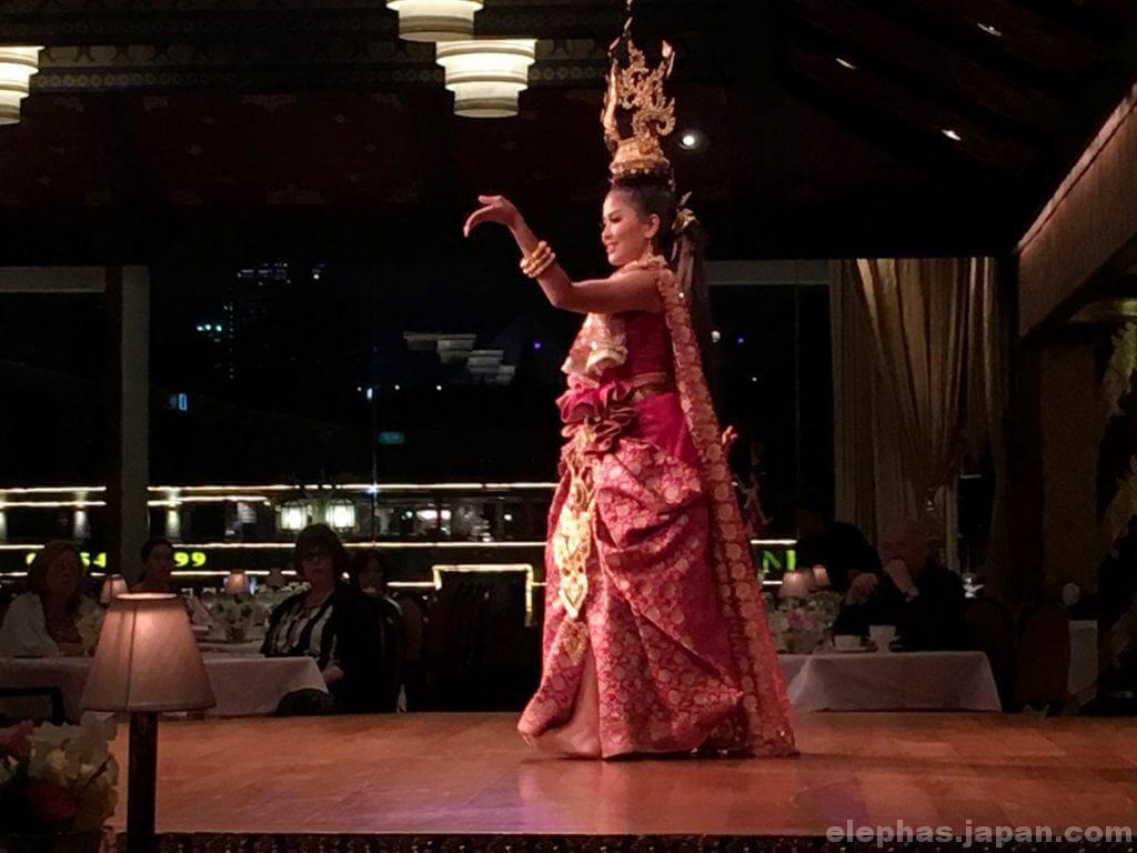 サラリムナーム・タイ舞踊2