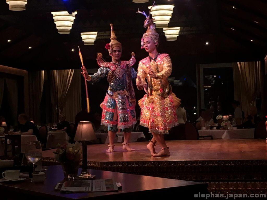 サラリムナーム・タイ舞踊4