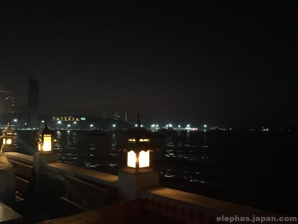 ビアガーデンからの夜景3