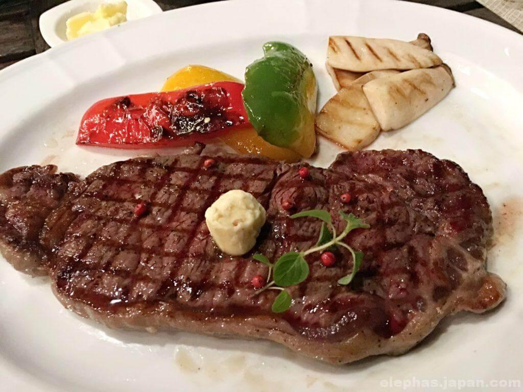 グランモンテレストランの料理3