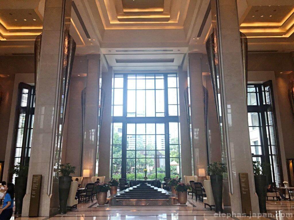 サイアムケンピンスキーホテルバンコクのロビー